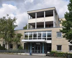 Ernst Reuter Schule 1 Frankfurt